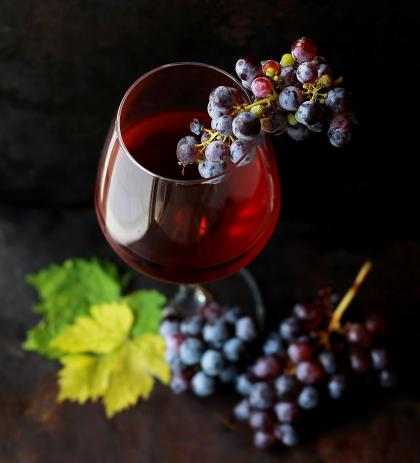 From grapes to glass